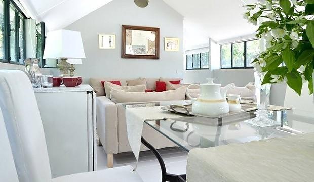 Come arredare una mansarda quattrovani immobiliare for Interni case classiche