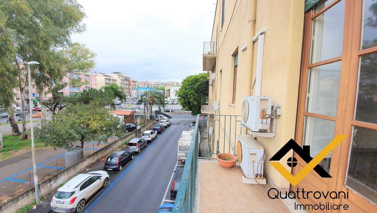 6 Vani + Ammezzato - Via La Spezia - Catania