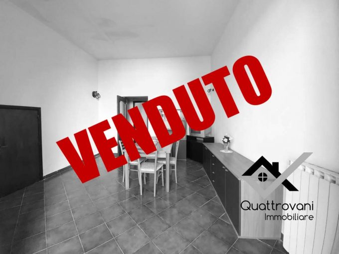 2 Vani + Cortile Mq 25, Catania, Via Wrzì - VENDUTO